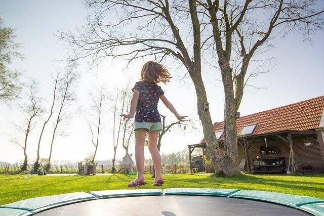 trampoline springen kinderen